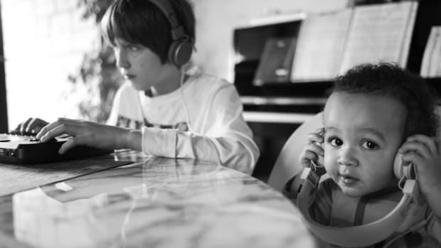 kids listening to music photo
