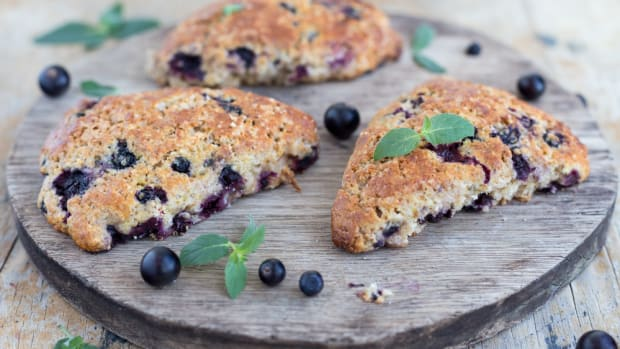 Vegan breakfast recipes for blueberry scones