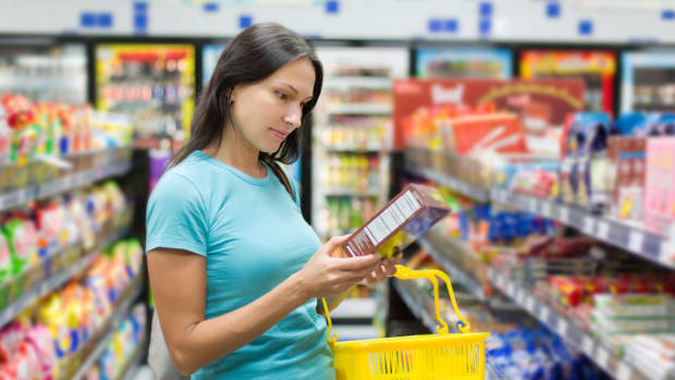 gmo labeling law won't be in your supermarket for two years