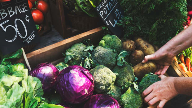 Sales of Organic Food Rise to Record-Breaking $45.2 Billion