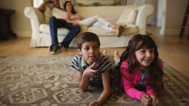 Restricting Junk Food TV Ads Linked to Lower Obesity Rates in Children, Study Finds
