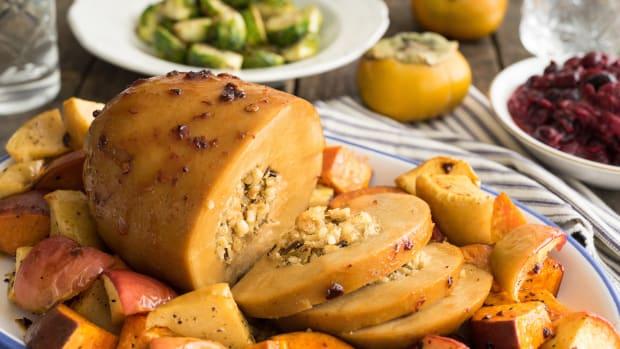 The Tastiest Vegan Thanksgiving Roasts