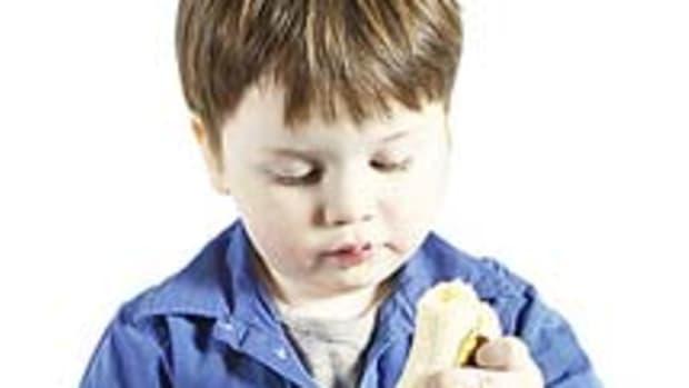kid-eating-banana1