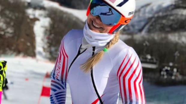 Lindsey Vonn Does This 'Anti' Workout for Her Strong Core