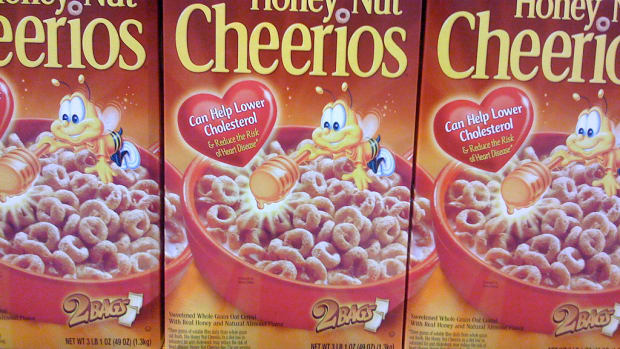 Honey Nut Cheerios Bee Mascot Disappears to Highlight Declining Honey Bees
