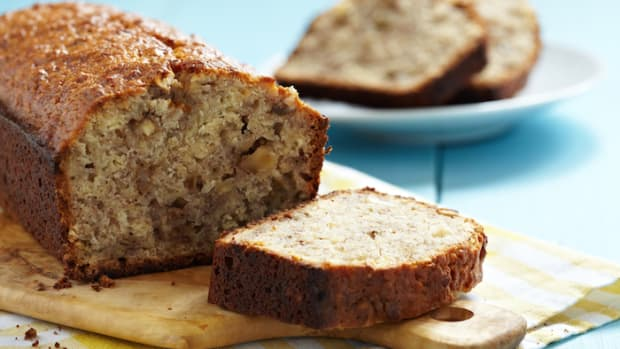 Irresistible Gluten-Free Vegan Banana Bread Recipe That You Can't Help But Love