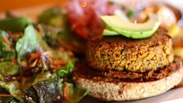 veggie-burger-ccflcr-sweetonveg