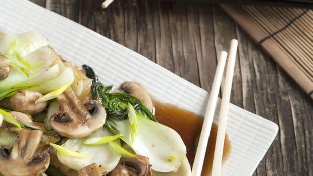 Savory Quinoa, Mushroom, and Bok Choy Stir Fry Recipe