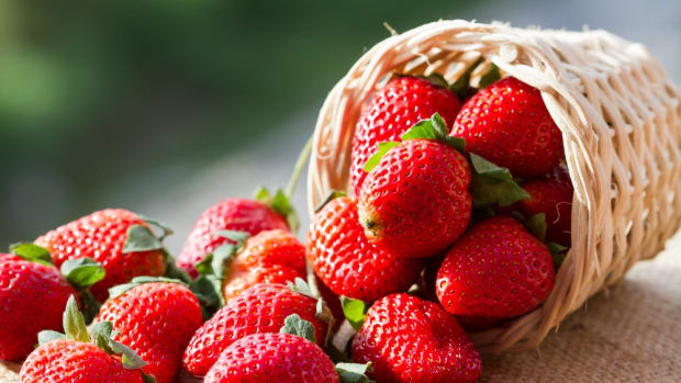 Strawberries Top EWG's Dirty Dozen List
