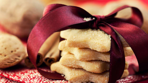 Grain-free cookies for the holidays.