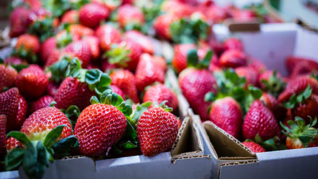 Strawberries Top EWG's 'Dirty Dozen' List, Spinach Jumps to Second Spot