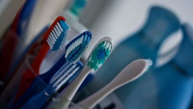 toothbrush-ccflcr-AndersonMancini