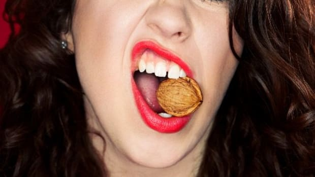 23 Foods to Munch On for Strong, Healthy Teeth