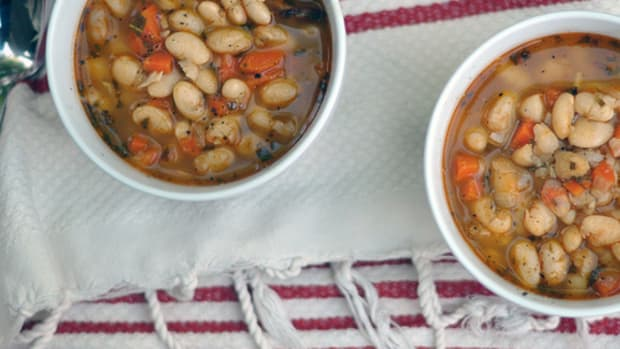 White%20Bean%20Soup%20by%20emmadiscovery%20flickr