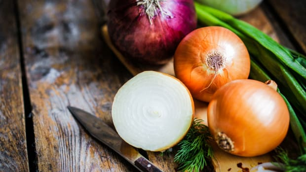 growing onions in 3 steps