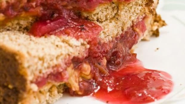 5-Gourmet-Twists-to-Makeover-Your-Peanut-Butter-Jelly-Sandwich_ccflcr_Benson-Kua_09.08.12