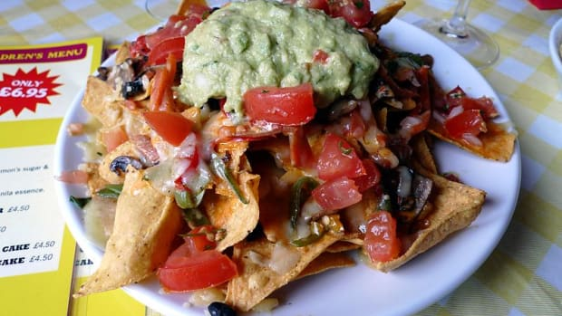 vegetarian mushroom nachos