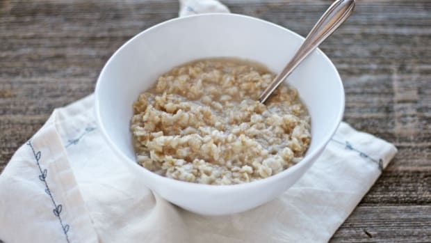 Elevate Breakfast: How to Make Oatmeal Perfect Every Time