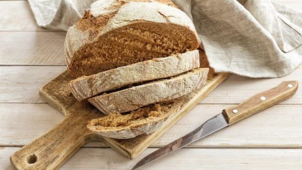 Vegan and Wheat-Free Spelt Bread Recipe