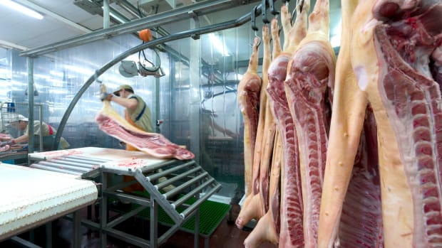 USDA Proposes cutting line speed restrictions for pork