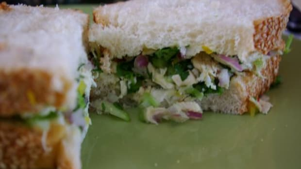 Not-Into-Mayo-3-Ways-to-Do-Your-Chicken-Salad-Without-It-_ccflcr_rachel_bernadette_08.05.12