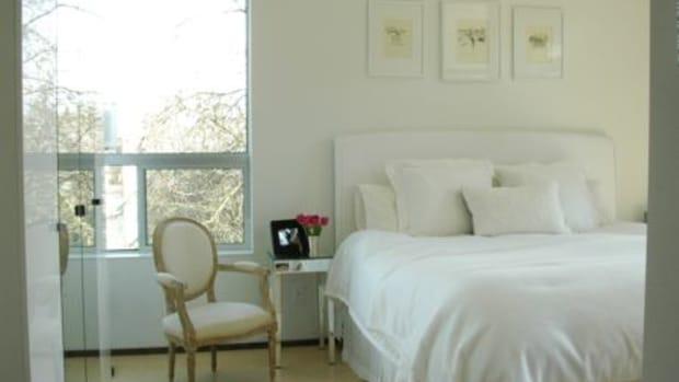 bedroom-ccflcr-fromtherightbank