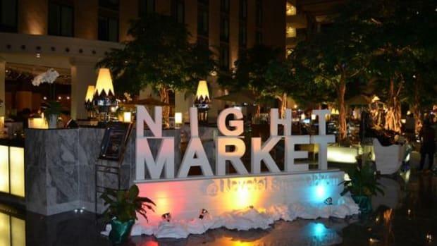 night-market-ccflcr-eguide-travel