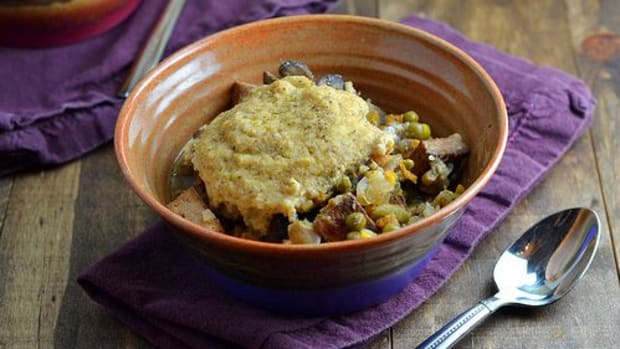 vegan-pot-pie-slow-cooker