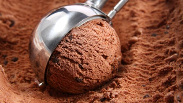 demystify processed food: there's gum in your ice cream