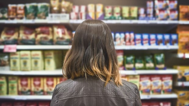 Vegetarian Shoppers Prefer Mainstream Grocers to Whole Foods Market, New Analysis Shows