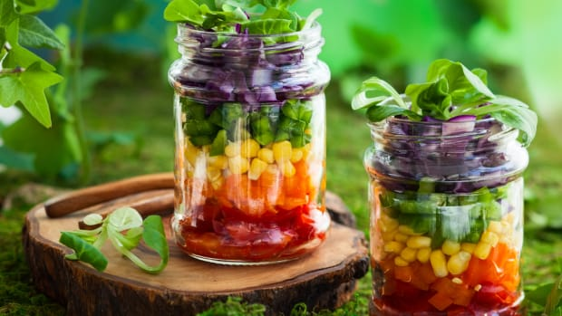 rainbow salad in a mason jar