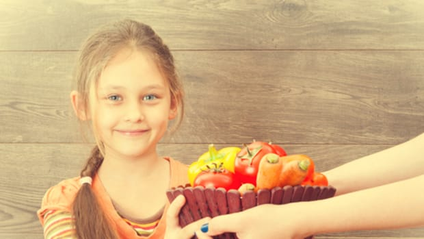 The 5 Reasons I'm Raising a Vegan Child