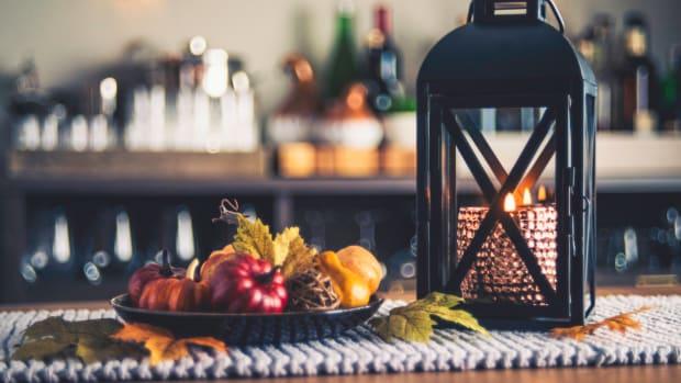 5 NonToxic Fall Candles
