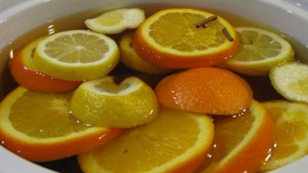 5-Seasonal-Ingredients-to-Add-to-Your-Apple-Cider-_ccflcr_NatalieMaynor_11.6.12