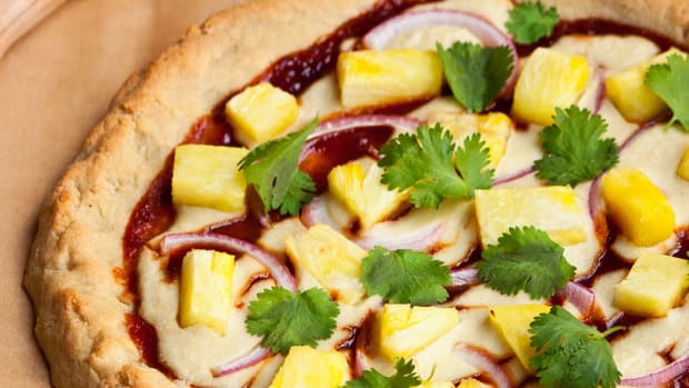 Vegan BBQ Pineapple Pizza on Gluten-Free Pizza Crust Recipe