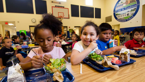 USDA School Lunch Test Program Provides 3 Square Meals a Day For At Risk Youth