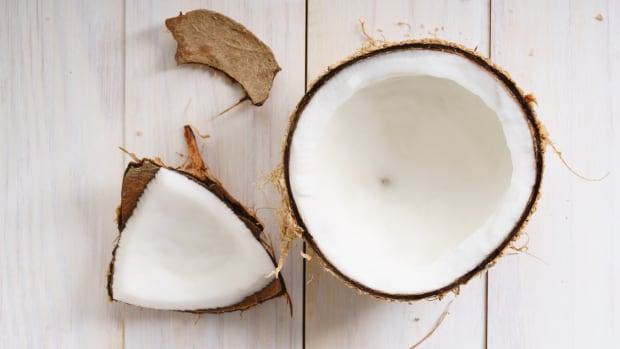 How to Choose the Safest and Healthiest Brands of Coconut Milk