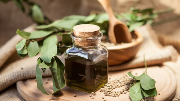 These Hemp Oil Benefits Nourish You Inside and Out
