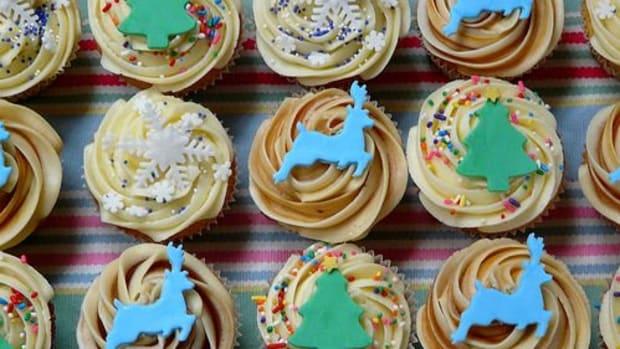 christmas-cupcakes-ccflcr-sugar-daze