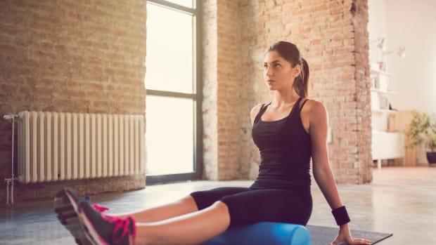 I Tried Foam Rolling For a Month and Here's What Happened to My Body