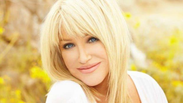 Suzanne Somers' Secrets to Staying Beautiful and Toxin Free (Interview)