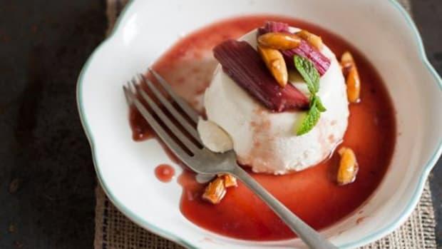 rhubarb-dessert