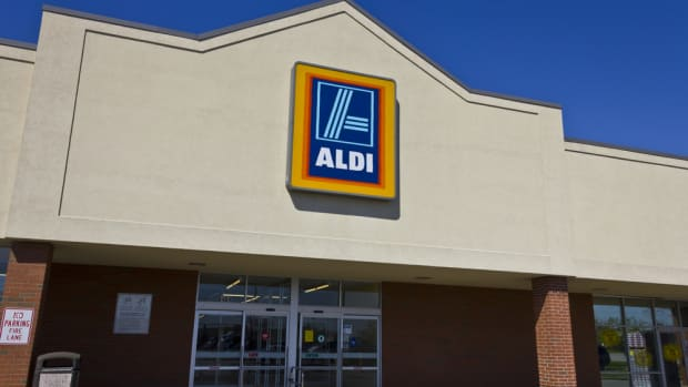 aldi removes neonicotinoids from stores
