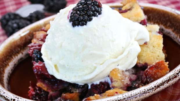 Plum Blackberry Peach Crisp Recipe