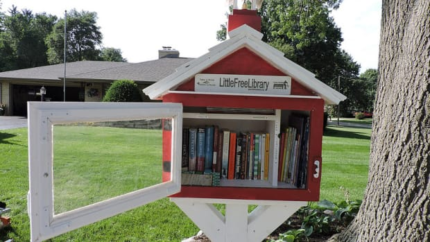 A little free liobrary.