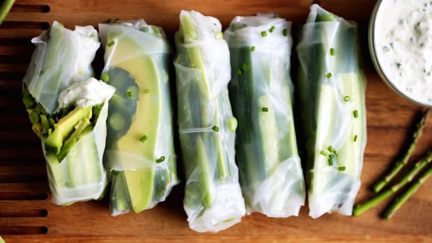 spring green vegetable rolls