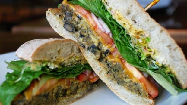 burger-ccflcr-lara604