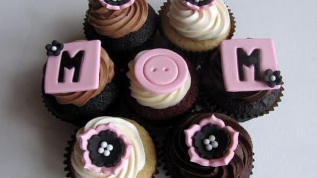 mom-ccflcr-clevercupcakes