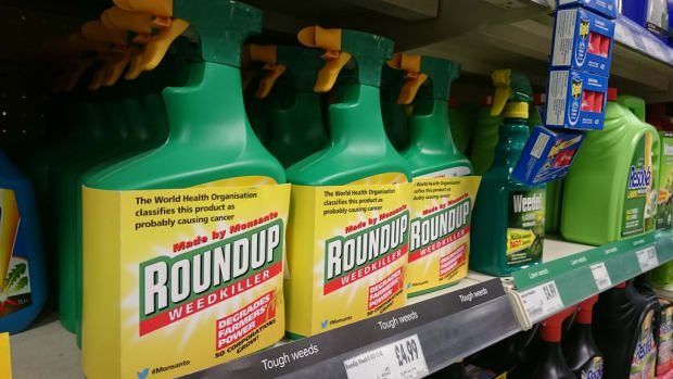Australia Urged to Ban Monsanto's Roundup Following California Court Ruling