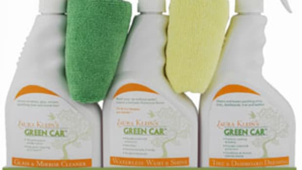 Laura-Kleins-Green-Car-Cleaning-Kit1